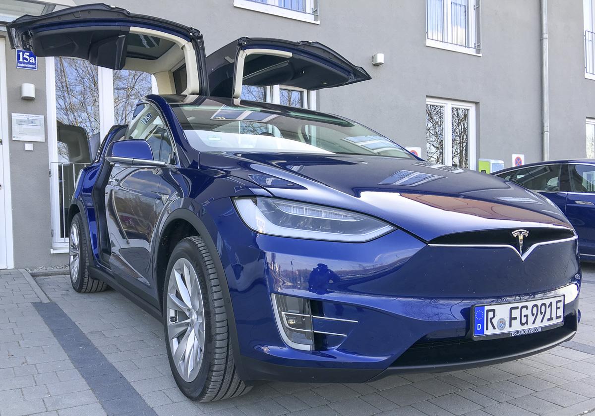 Tesla Verleih, Emobilität