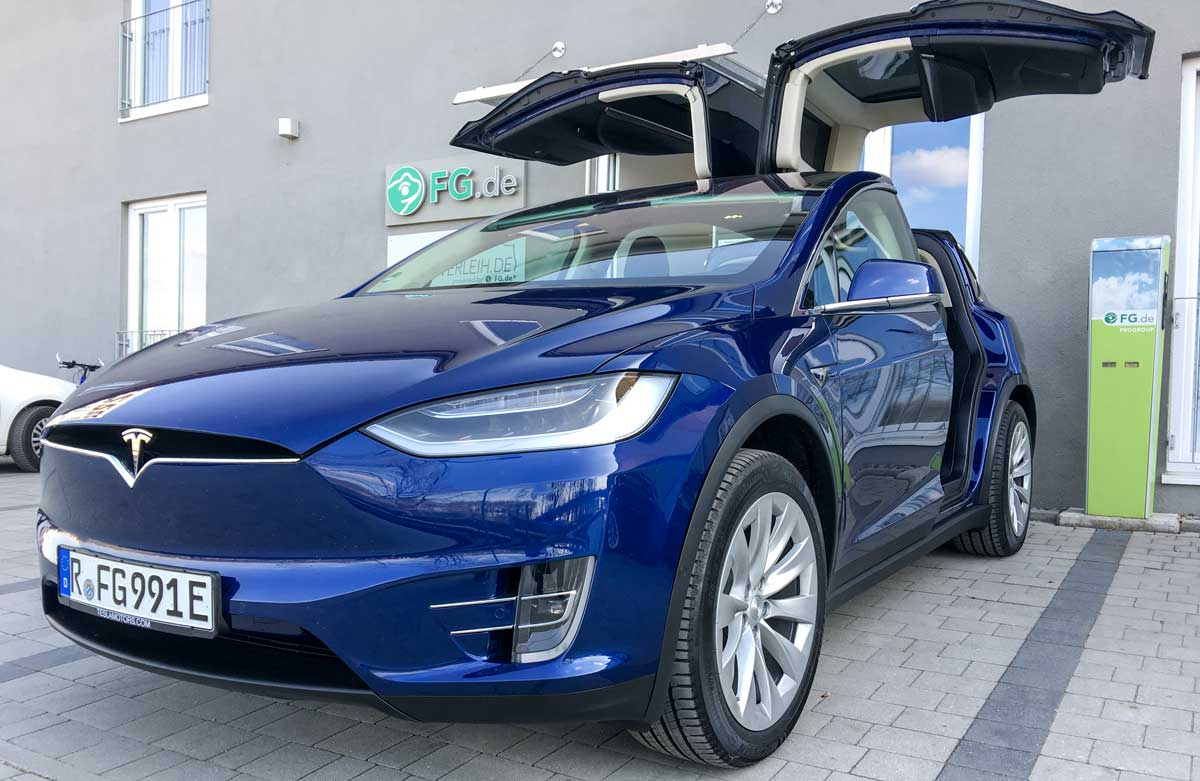tesla tesla model s und model x g nstig mieten. Black Bedroom Furniture Sets. Home Design Ideas